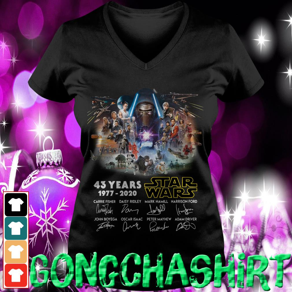 43 years Star Wars 1977-2020 signatures V-neck t-shirt